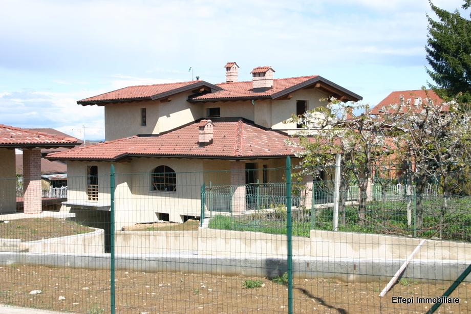 Case con portico in legno immagine di anteprima per i for Piani di casa cottage con portici