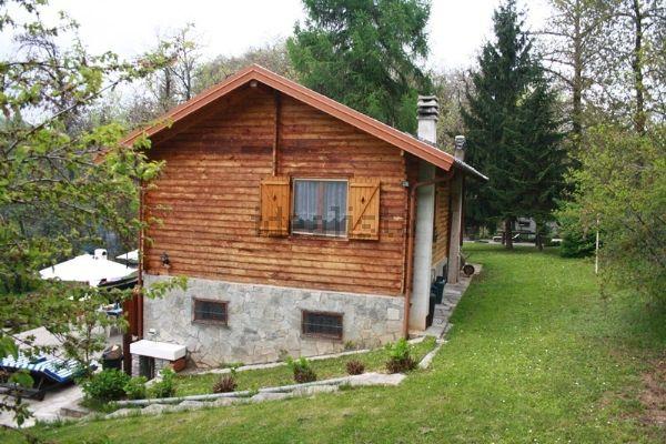 Monastero di vasco cottage immerso nei boschi effepi for Piani architettonici di cottage