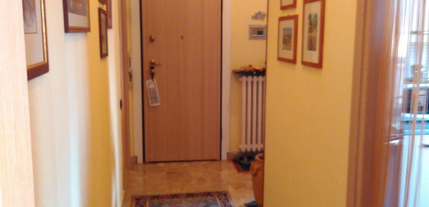 Mondovi' Altipiano in contesto residenziale appartamento di circa 120 mq