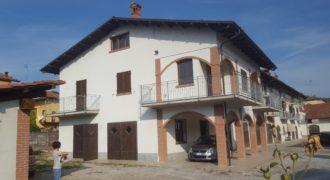 Casa semindipendente in centro a Bastia Mondovi'