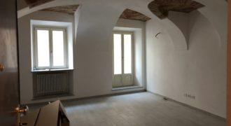 Mondovì Breo, appartamento ristrutturato in centro