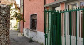 Morozzo, vendesi casa semindipendente