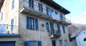 Casa semi indipendente a Camandona